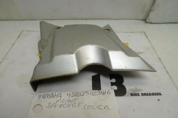YAMAHA YBR125 BREAKING.   FRONT SPROCKET COVER  #6  (CON-D)